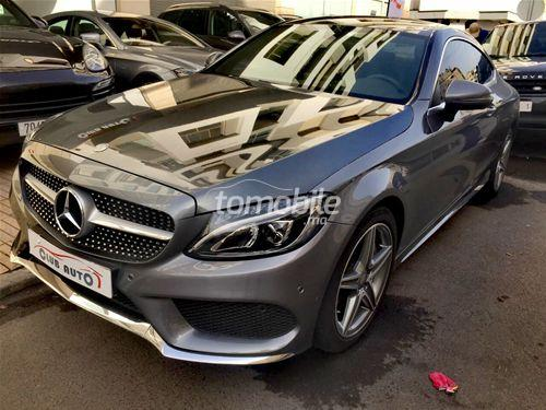 Mercedes benz classe c diesel 2016 occasion 7000km for Mercedes benz 7000