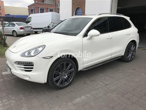 porsche cayenne 2011 essence 73000 marrakech. Black Bedroom Furniture Sets. Home Design Ideas