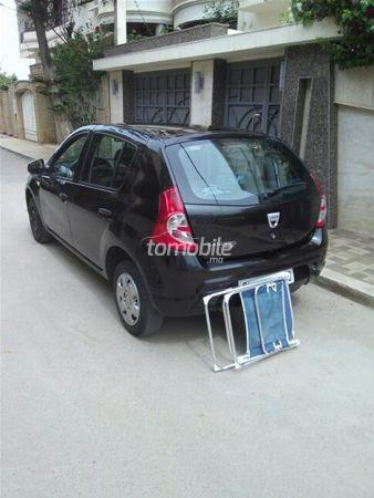 dacia sandero essence 2010 occasion 140000km nador 33057. Black Bedroom Furniture Sets. Home Design Ideas