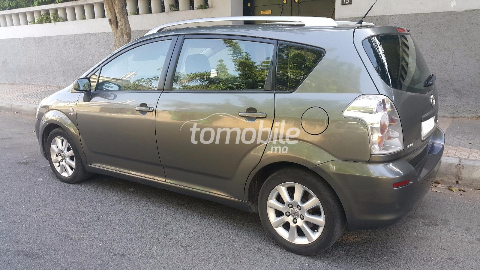 toyota corolla verso diesel 2005 occasion 234000km. Black Bedroom Furniture Sets. Home Design Ideas