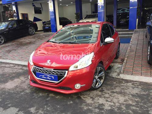 peugeot 208 occasion 2013 essence 40000km casablanca auto chag 46093. Black Bedroom Furniture Sets. Home Design Ideas