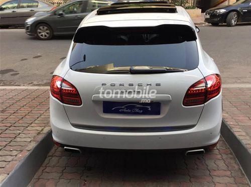 porsche cayenne diesel 2012 occasion 65000km casablanca 45913. Black Bedroom Furniture Sets. Home Design Ideas