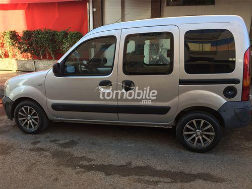 renault kangoo diesel 2010 occasion 195000km casablanca 56339. Black Bedroom Furniture Sets. Home Design Ideas