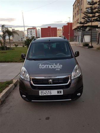 peugeot bipper tepee diesel 2017 occasion 14000km nador 57643. Black Bedroom Furniture Sets. Home Design Ideas