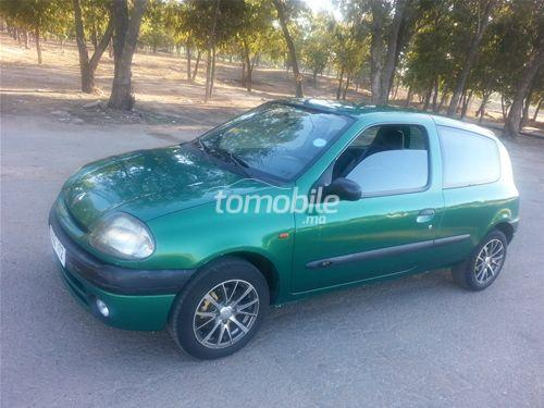 renault clio essence 1999 occasion 100000km casablanca 57553. Black Bedroom Furniture Sets. Home Design Ideas