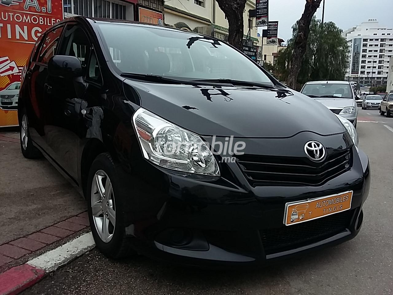 toyota verso diesel 2013 occasion 70000km tanger 57607. Black Bedroom Furniture Sets. Home Design Ideas