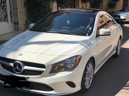 mercedes benz cla 180 essence 2017 occasion 23000km. Black Bedroom Furniture Sets. Home Design Ideas