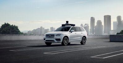 Volvo Cars et Uber Self-driving vehicle.jpeg